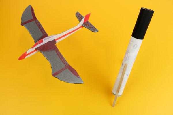 Maakotheek-maakbox-Uitvinders-Maken-in-de-klas-techniekles-vliegtuig-microscoop.jpg